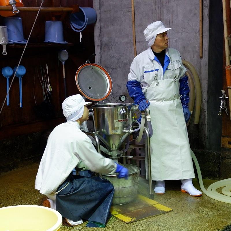 白藤酒造店-洗米